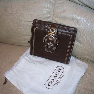 Coach Dark Brown Buckle Bi-Fold Leather Wallet~EUC